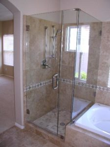 showerdoors0906 005