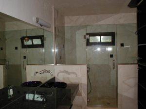 1_Shower and mirrorHEAD