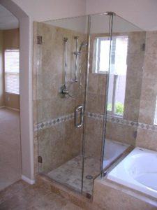 showerdoors0906 005