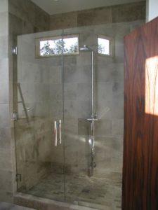 showerdoors0906 021